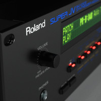 Synth Roland JV-1080