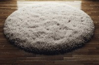 round fluffy rug carpet