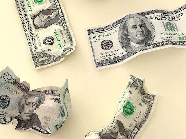 money_zoom.jpg