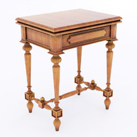 table antique 3d max