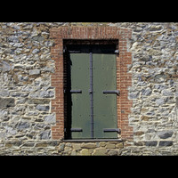 StonWall&Door01.jpg