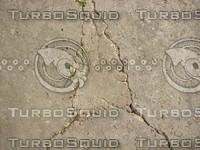 T-GroundCrack02.JPG