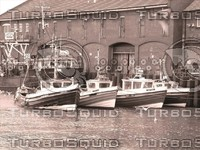__hr_sepiaboats2.jpg