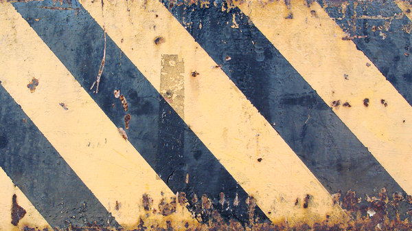 metal-rust-warning-stripes-2.jpg