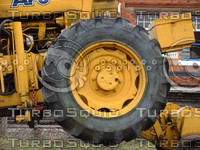 tractor wheel1.jpg