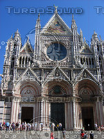Front of Duomo, Siena 0427.JPG