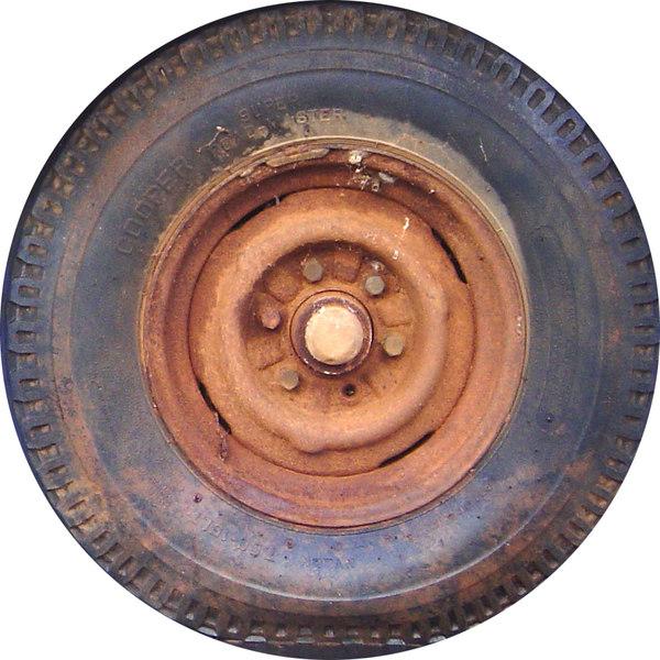 RustTire1.jpg