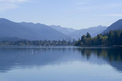 Quinault_Lake_1467x.jpg