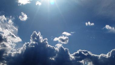 CloudBlurB_XTN__IS_00221.jpg