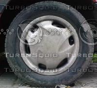 Sedan tyre (1)
