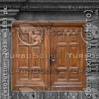 door (114)
