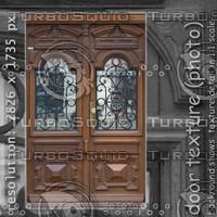 door (115)