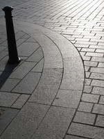 Granite curved paving