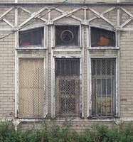 window b009