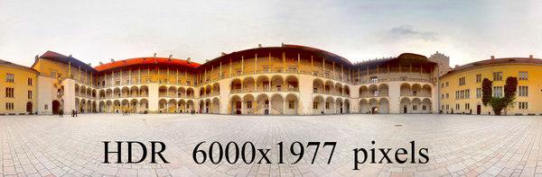 Wawel_courtyard2.jpg