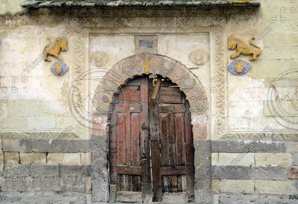 sss_ancient_door2_thmb.jpg