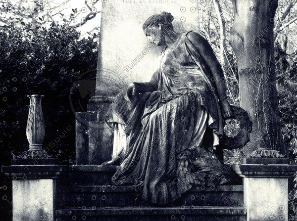 tombstone4thumb.jpg