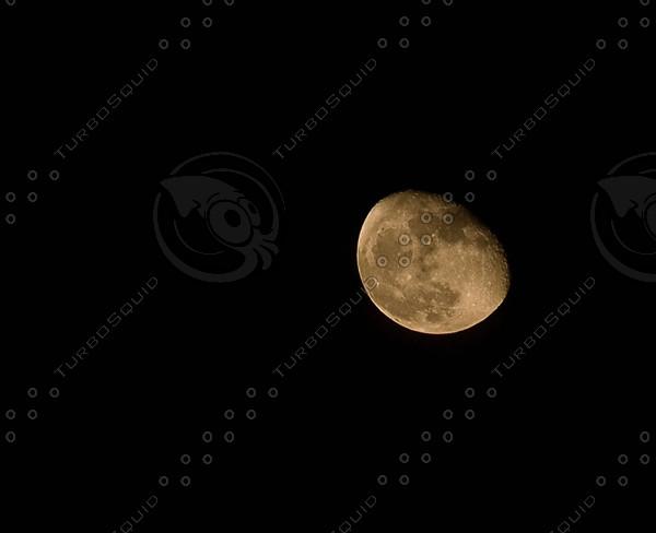Moon_p.jpg