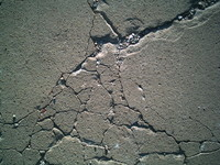 CONCRETE ON CRACK