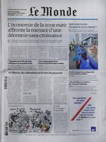 Le Monde front page texture