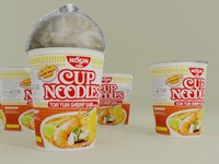 nissin cup noodle tom max