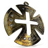 maya pendant templar cross-cut