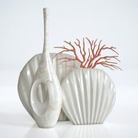 3 vases and coral