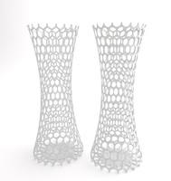 2 vases holes max