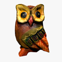 3d low-poly wooden owl statue