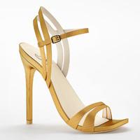 max heels leg