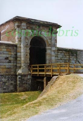 Fort Washington gate 01.jpg