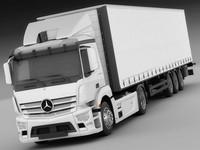 Mercedes Antos with Trailer